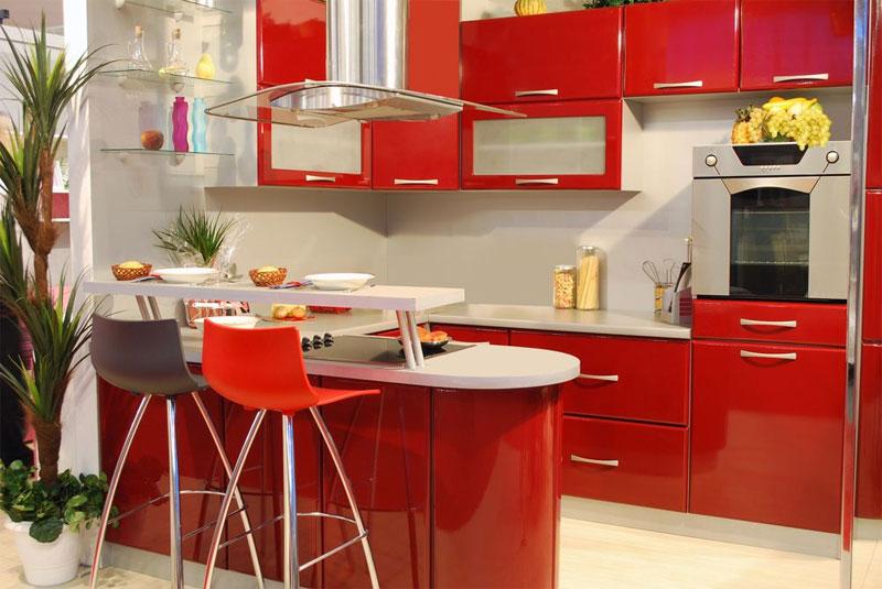 Kırmızı mutfak dolabı rengi