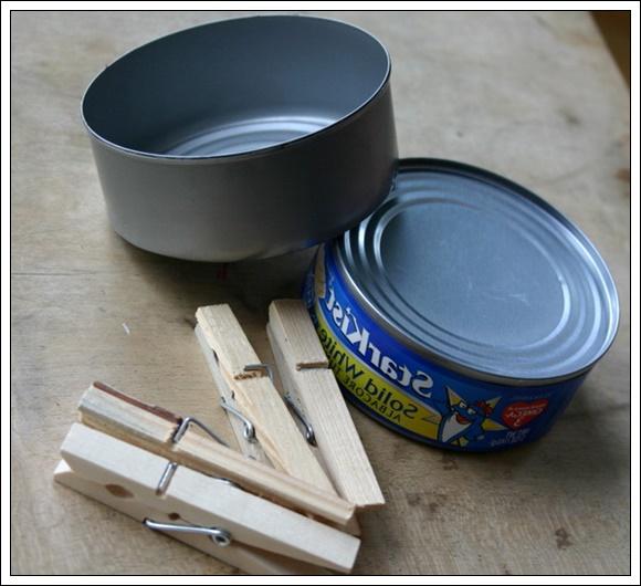 konserve kutusu ve mandallarla mumluk tasarımı