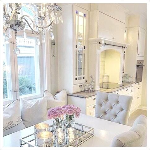 beyaz mobilyalarla ev dekorasyonu,beyaz ev dekorasyon modelleri,beyaz ev dekorasyonu örnekleri,beyaz ev dekorasyon fikirleri